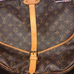 Louis Vuitton Authentic Crossbody